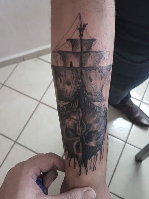 Barco fantasma #blackandgreytattoo