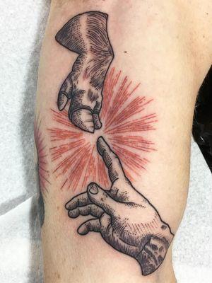 Tattoo by Guen Douglas #GuenDouglas #pigtattoos #pig #piggy #yearofthepig #animal #nature #illustrative #linework #etching