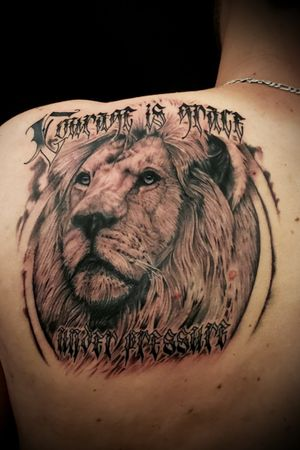 """Courage is grace under pressure"""