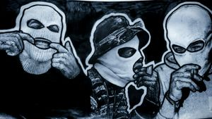 #gangsters #tattooidea #blackworkers #bng #dope #sketch #bling