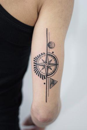 Compas #compass #fineline #art #graphic