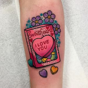 Tattoo by Roberto Euan #RobertoEuan #valentinesdaytattoos #valentinestattoos #valentinesday #valentines #love #hearts #candy #flowers #color #neotraditional