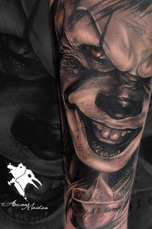 #tattoo made by our artist @aaronmaidentattoo on ModelInk.  #Pennywise #tattoodo #tatuaje #tattooartist  #tattooart #thebesttattooartists  #thebestspaintattooartists #valladolid #tattooing #ink #inked #realism #realistictattoo  #realistic #blackAndWhite  #blackandwhitetattoo #movietattoos #clown #horror