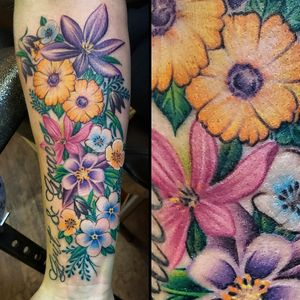 #floraltattoo #LocalColorInk #shannonbrowntattoos #shannonbrownart #westchesterpa #delco www.localcolortattoo.com