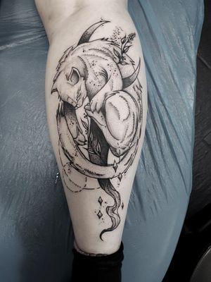 #kuro #kurotrash #tattoo #tattooing #tattoos #tattooed #tattooer #black #blackandwhite #blackwork #blackworkers #ink #inked #darkartists #darkart #onlythedarkest #blackarts #blackink #insta #instaphoto #tattooart #tattooartist #vienna #wien #catsofinstagram #cat #kitty #moon