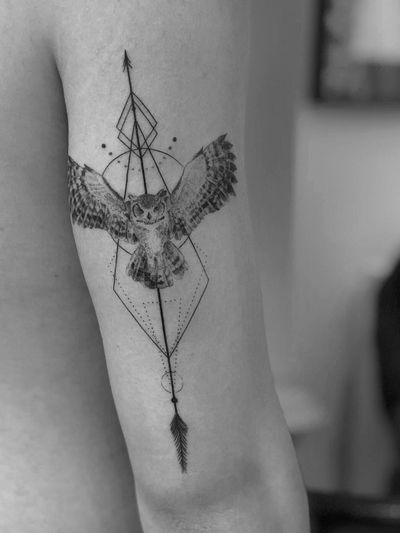 #owl #owltattoo #blackandgrey #blackwork #Black #Tattoodo #alianilercel