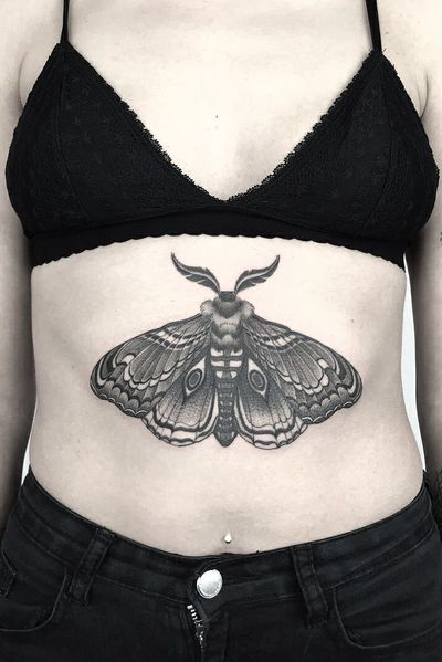 #fineline #moth #berlin #underboob #singleneedle #fineline #blackandgrey #germany #slimneedle