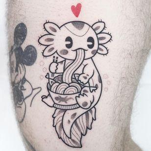 Tattoo by Hugocide #Hugocide #axolotltattoos #axolotl #animal #nature #amphibian #walkingfish #oceanlife #oceancreature