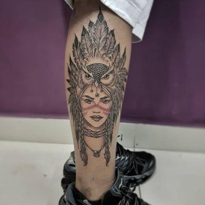 India do nosso amigo Gabryel! 😍✍️🦉👩 Faça já seu orçamento! (62) 9 9326.8279 #tattoo #ink #blackwork #tattoolife #Tatuadouro #love #inkedgirls #Tatouage #eletricink #igtattoo #fineline #draw #tattooing #tattoo2me #tattooart #instatattoo #tatuajes #blackink #floral #neotraditional #neotradeu #neotraditionaltattoo #jobstopper #blackandgraytattoo #realism #owltattoo #womantattoo #girl #indian