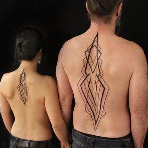 Tattoo by Chaim Machlev aka dotstolines #ChaimMachlev #dotstolines #couplestattoos #valentinesday #love #couple #heart #matchingtattoos