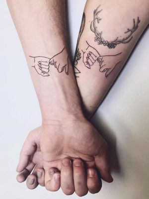 unknown tattooist #couplestattoos #valentinesday #love #couple #heart #matchingtattoos