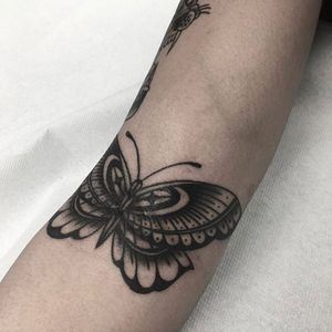Dane – Traditional – Old School Tattooing