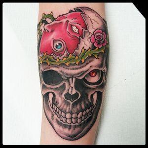 Berserk tattoo 2017 #berserk #berserktattoo #bejelit #bejelittattoo #skulltattoo #mangatattoo #traditionaltattoo #tattoodo #romatattoo #tattooroma