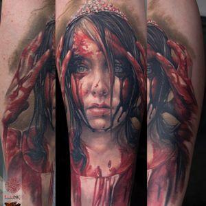 Completly healed... #carrie #colortattoo #realistictattoo #bloodytattoo #tattoo #tattoos #tattooed #inked #ink #inked #inklife #stuttgart #mannheim #mireltattooartgallery #tattoolife #insane #horror #blood #walkingdead #vampirediaries