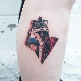 Tattoo by Charming Tattoo #Charmingtattoo #queentattoos #queen #freddymercurytattoo #freddymercury #bohemianrhapsody #rockandroll #musictattoo #realistic #watercolor #crown