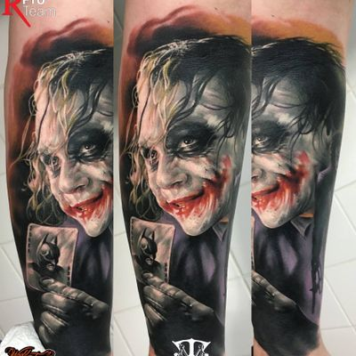 #colortattoo #realistictattoo #bloodytattoo #tattoo #tattoos #tattooed #inked #ink #inked #inklife #stuttgart #mannheim #mireltattooartgallery #tattoolife #insane #horror #blood #walkingdead #vampirediaries #jocker #batman #batmantattoo #whysoserious