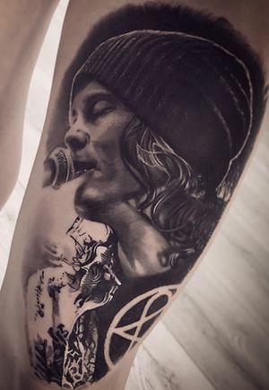 Ville Valo #HIM #intenzepride #fkirons #inkeeze #sullen #realistictattoos #portrait #portraittattoo #tattoodo #tattooartistmagazine #tattoo #tattoos #tattooart #TattooistArtMagazine #thebesttattooartists