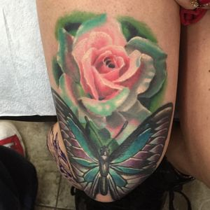This is a healed shot of the butterfly and rose I did just above a knee. Really happy with how this healed. #rose #butterfly #color #knee
