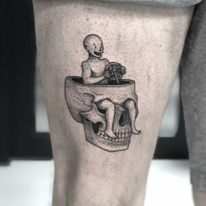 Free will skull #skull #skulltattoo #skulls #surreal #surrealism #funny #weird #dotwork #dotworktattoo #fineline #blackwork #blackworktattoo #upperleg #legtattoo