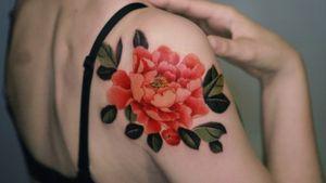 Red peony on her shoulder, done in Hong Kong.  #tattoo #Korea #tattooart #koreatattoo #koreatattooist #flowertattoo #illustration #birthflowertattoo #tattooistartmag #hongdae #flowers #coloredtattoo  #watercolortattoo #hongdaetattoo #norigae #peony #tattooistsion