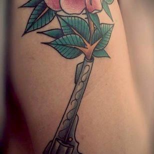 Nice work done by ben mollema, Groningen, the netherlands. #traditionaltattoo #oldschool #revolver #rose #roseandrevolver #tattooben