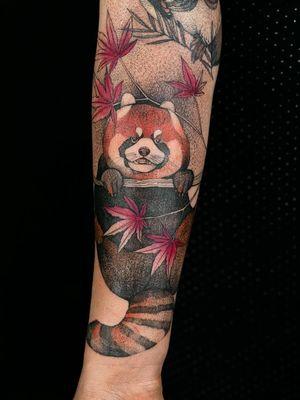 Tattoo by Dzo Lama #DzoLama #tattoodo #tattoodoapp #tattoodoappartists #besttattoos #awesometattoos #tattoosforgirls #tattoosformen #cooltattoos #color #illustrative #redpanda #animal #cute #mapleleaves