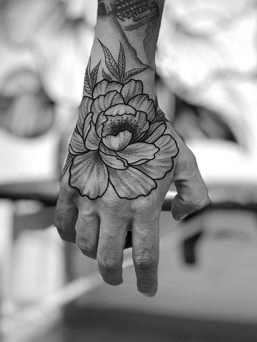 Tattoo by Ali Anil Ercel #AliAnilErcel #tattoodo #tattoodoapp #tattoodoappartists #besttattoos #awesometattoos #tattoosforgirls #tattoosformen #cooltattoos #flower #floral #illustrative #handtattoo