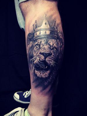 #lion #king #tattoo #lionkingtattoo #lionking #blackngreytattoo #blackngrey #greywash #greywashtattoo