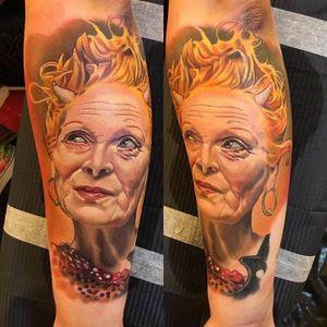 Tattoo by Alex Rattray #AlexRattray #fashiontattoos #fashion #trend #style #aesthetic #fashiondesigner #fashionmodel #realism #realistic #hyperrealism #viviennewestwood #color