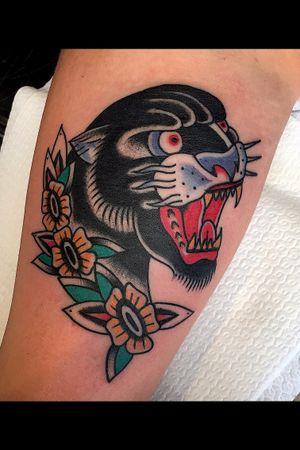#thebestbelgiumtattooartists #tattoo #tattoos #follow #followme #traditionaltattoos #traditionaltattoo #panthertattoo #traditionalrose #boldwillhold #bold #bright_and_bold #cleanandbold #ink #inked #tattooing #tattooartist #jellexwolfxtattooer #tradworkers #tradworkerssubmission #classic_tattoos #inkcultr #darkartists #tattookulturemagazine #follow #followme #oldworkers #tradworkers #oldlines