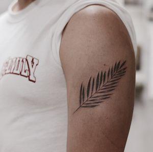 Palm leaf / handpoke