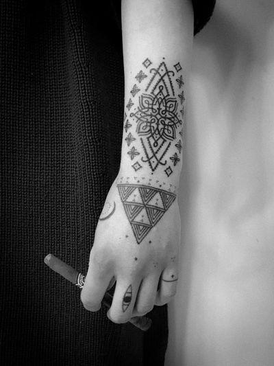 Tattoo by Juodi Dygsniai #JuodiDygsniai #uniquetattoos #unique #different #special #besttattoos #dotwork #Linework #tribal #symbol #pattern #ornamental #handtattoo