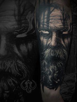 #madmamont #forrest #druid #portait #dark #horror #blackandgrey #Black #realism #realistic