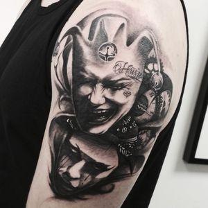 #тату #смейсясейчасплачьпозже #trigram #tattoo #smilenowcrylater #inkedsense #tattooist #кольщик