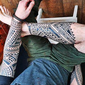 #irisbley #voodoocroo #voodoocrootattoo #polynesiantattoo #PolynesianTattoos #samoantattoos #samoantattoo #samoan #tatau #tatausamoa #Tatautattoo #tribal #tribaltattoo #tribaltattoos #tribalart #tattooartists #freehandtattoo #traditionaltattoos #besttattoos #blacktattoos #blacktattooart #ornamentaltattoo