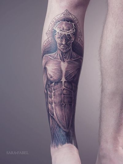 Tattoo by Sara Fabel #SaraFabel #Awesometattoos #besttattoos #tattoodoapp #appartists #trendingtattoos #toptattoos #tattoodoappartists #illustrative #anatomy #anatomical #body #crownofthorns