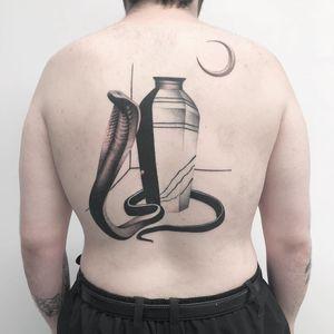 Thomas Bennington aka Bad Luck Veteran  #ThomasBennington #BadLuckVeteran #illustrative #blackandgrey #sketch  #surrealism #surreal #minimal #traditional #Chicano #graphite #reptile #snake #vase #moon