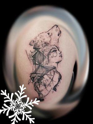 Done last week also #tattoo #thightattoo #tattoosforwomen #wolf #wolftattoo #juniorartists #junior #juniorartist #juniortattooist #lefthanded #lefthandedartist #lefthandedtattooist #female #femaletattooartist #femaletattooist #femaleartistsofinstagram