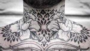 Tattoo by Aries Rhysing #AriesRhysing #necktattoos #necktattoo #neck #jobstopper #sacredgeometry #geometric #mandala #peony #flower #floral #dotwork