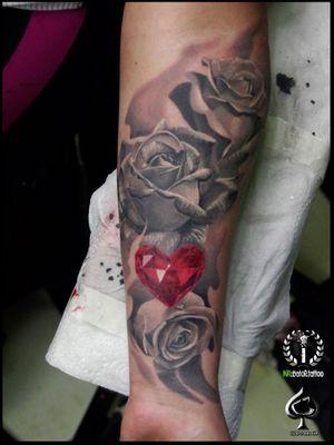 #rosetattoo #rose #rubby #rubbyheart #grabo #grabotattoo #inkubatortattoo