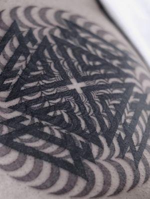 #geometrytattoo #geometry #geometric #geometrictattoo #opticalart #opticaltattoo #abstract #abstracttattoo #blackwork #blackink #mandala #mandalatattoo #sacredgeometry #dotwork #inked #tattooed #tattooaddict #xystudio #gdansk #trojmiasto