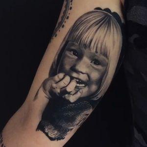 💯Healed portrait - @atte_tattoo <<< • #intenzepride #fkirons #inkeeze #h2ocean #sullen #realistictattoos #portrait #portraittattoo #tattooartistmagazine #tattoo #tattoos #tattoodo #tattooart #TattooistArtMagazine #attetattoo #Intenzetattooink #besttattoos