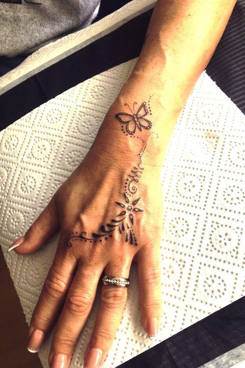 tattoo#hand#fingertattoo#blackandgrey#tattooartist#Nenad