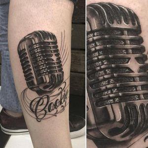 Vintage mic tattoo #blackandgreytattoo #colourtattooartist #sydneytattooartist #sydneytattooist #mircophonetattoo #blackandgrey #blackandgreyartist #sydney #freehandscript