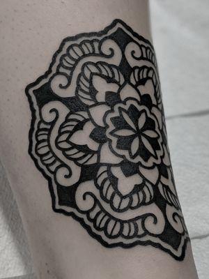 #mandala tattooed in #blackwork at #tattooteaparty #convention