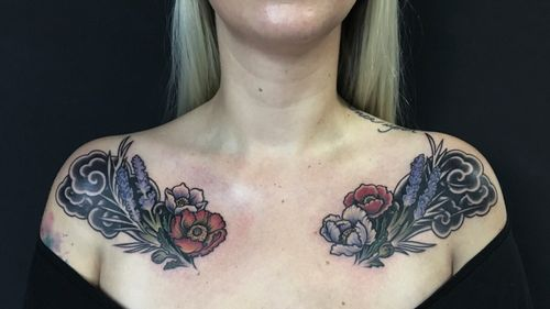 Designed & inked for I**** #customtattoo #tattoo #art #tattoodesign #tattooist #paix #berlin #berlintattoo #berlintattooartist #tattoodo #naturalism #chesttattoo #colortattoo #blackouttattoo #flowertattoo #cloudtattoo