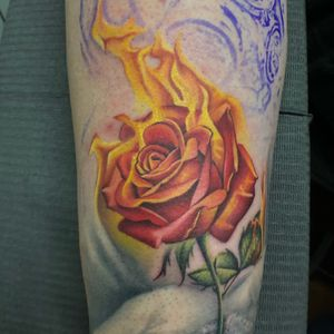 Artist: @tattooartbyaxe #inprogresstattoo #tattoo #tattoos #chicagoink #chicagoinktattoo #ink #inked #inkedup #inkedmag #inkedmagazine #inklife #flower #flowertattoo #fireflower #customtattoo #customtattooartist #tattooartist #art #artist #chicagotattoo #chicagotattooartist #tattooideas #tat #tatuaje #tatu #rosetattoo #rose #followforfollowback #follow4followback #followme chicagoinktattoo.com/Axe