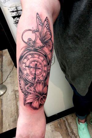 #pocketwatchtattoo #tattooideas