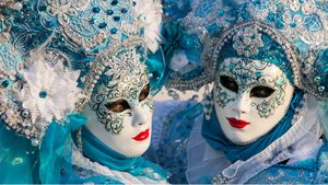 Venetian Masks at Carnival in Italy #venetianmask #venetianmasktattoo #mardigras #carnival #brazil #neworleans #italy #2019 #masktattoo #mask
