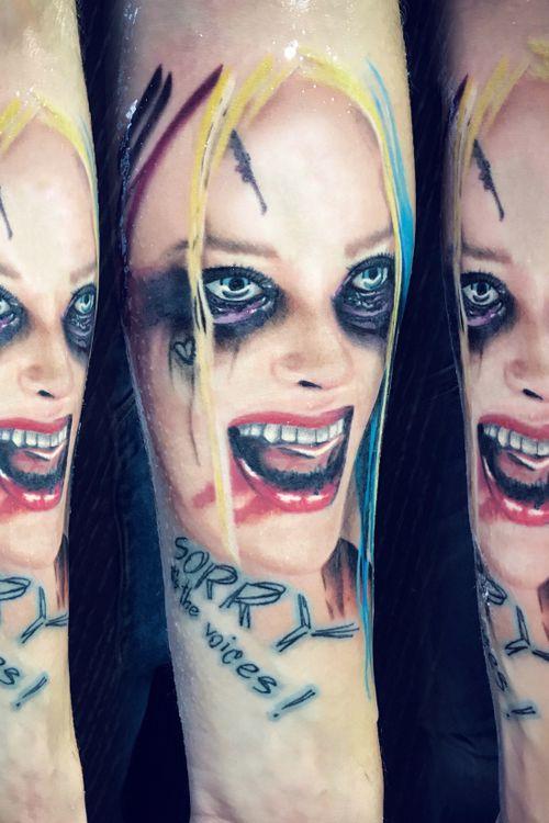 Harley quinn, half realistic half graphic pop